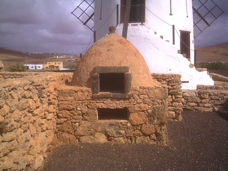 traditiona oven